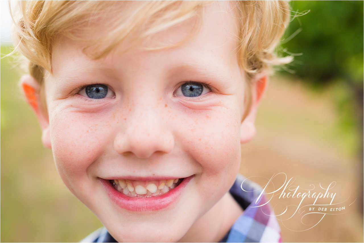 kids+playing+vineyards+familyphotos+mclarenvale